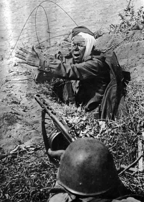 Soviet soldiers in combat