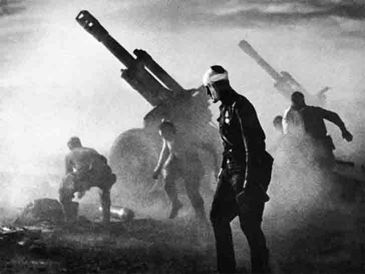 152 mm D-1 wwii howitzer firing by German troops in Belarus