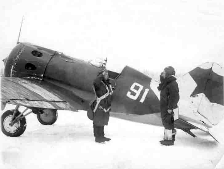 Pilots of the Russian I-16 fighter