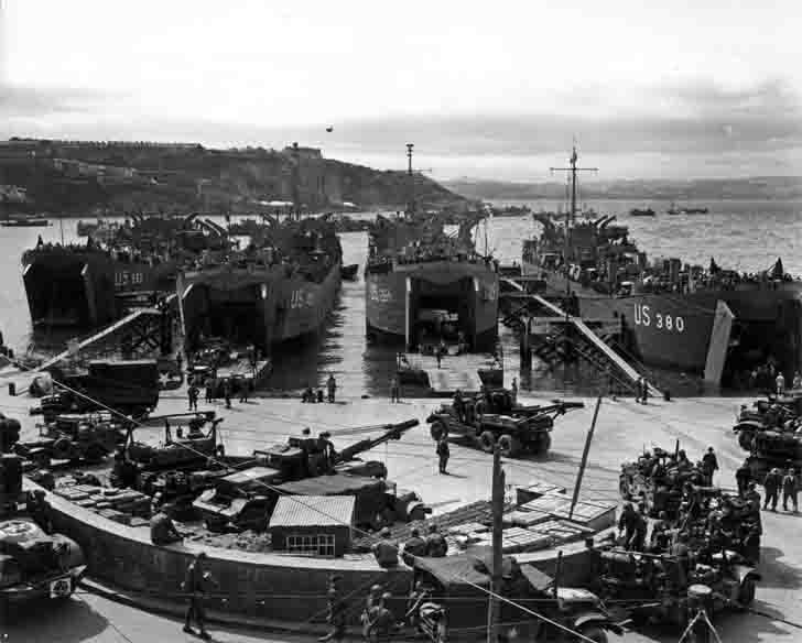 Handling equipment for the invasion of Normandy in Brixham Harbour