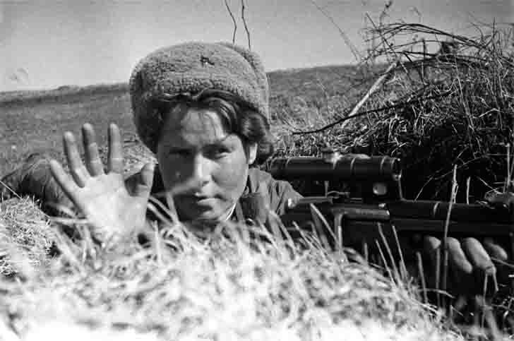 Russian girl sniper