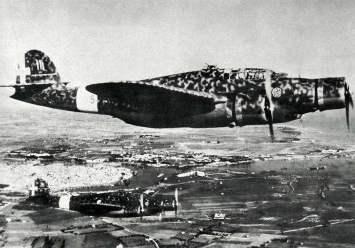 CANT Z.1007 Alcione Italian bomber