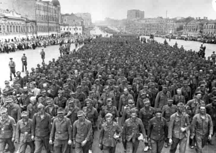 The march of the prisoners of war of the Germans in Moscow