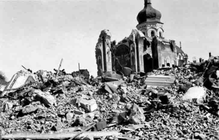 Ruined Assumption Cathedral in Kiev