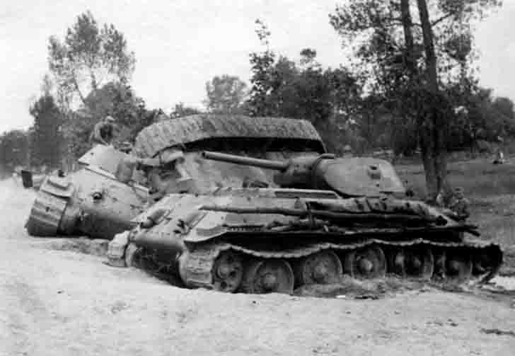 Three destroyed the Soviet T-34 medium tanks