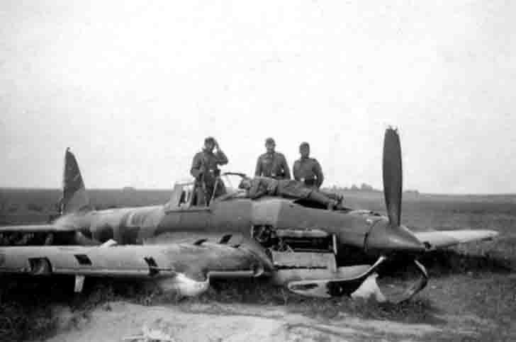 Damaged during the emergency landing of IL-2 Sturmovik