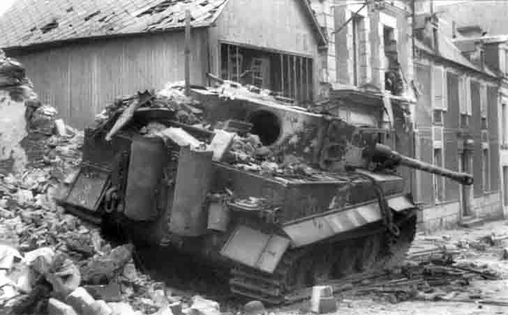 "Destroyed ""Tiger"" heavy tank in Villers-Bocage, Normandy"