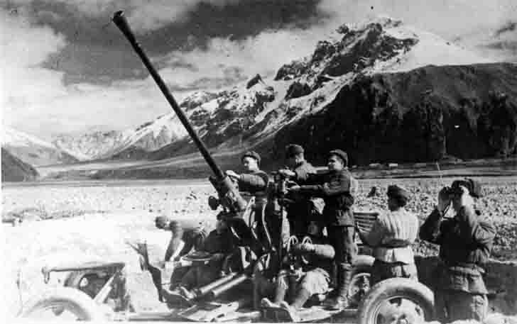 The team of the Soviet 37-mm anti-aircraft gun on the North Caucasus