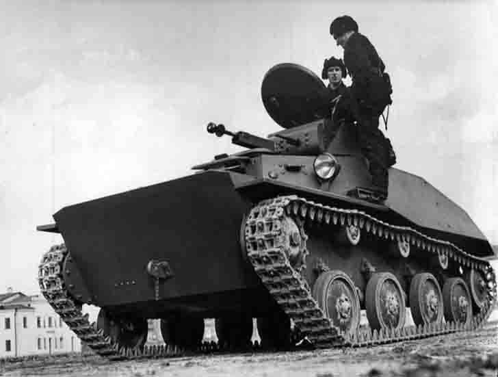 T-40 amphibious scout tank