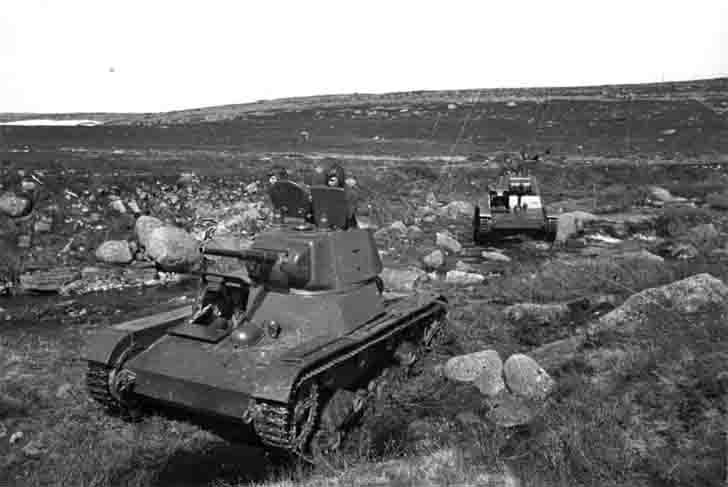 T-26 light tanks in the Murmansk region