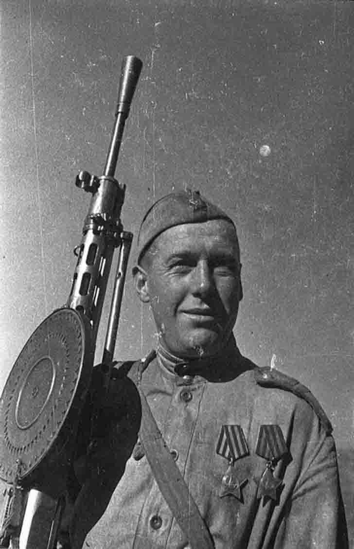 Russian gunner Ivan Nefedov