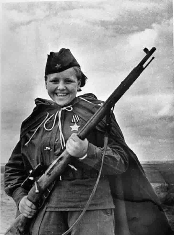 Female Sniper Maria Kuvshinova