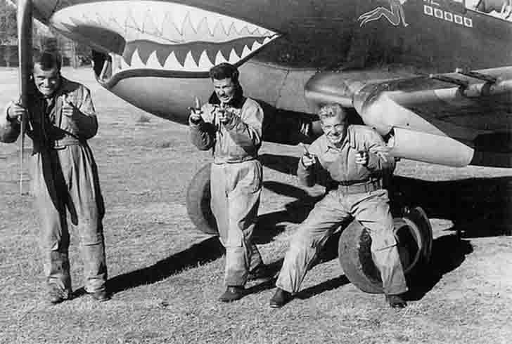 """American pilots of Air Group """"Flying Tigers"""""""