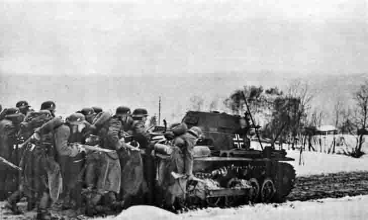 German infantry under cover Pz.Kpfw. I tank in Norway