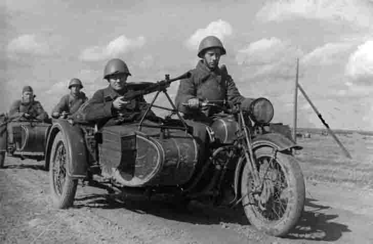 TIZ AM-600 motorcycles of the Red Army