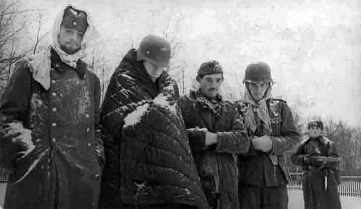 Four of prisoners of war of German soldiers in the Battle of Moscow