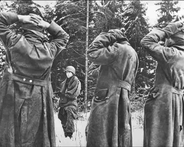 German prisoners of war in the Ardennes