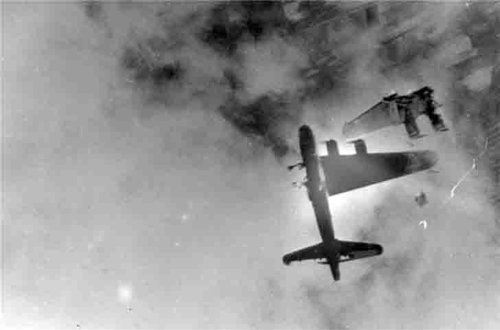 The death of the B-17 bomber