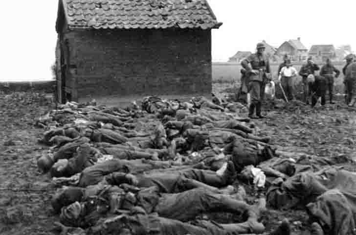 Dead German soldiers before burial