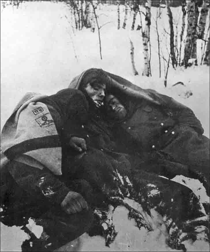 Sleeping in the snow German POWs