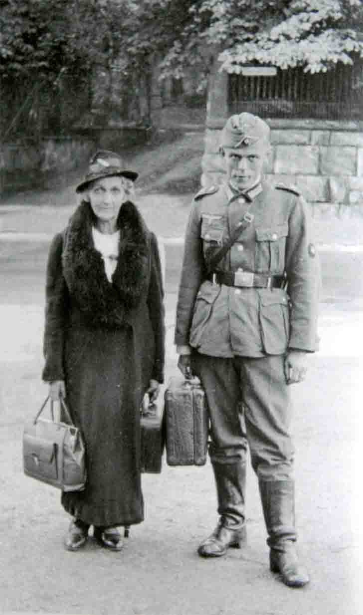 German soldier with his mother