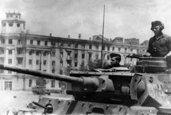 Tank Pz.Kpfw. III in the occupied Voronezh