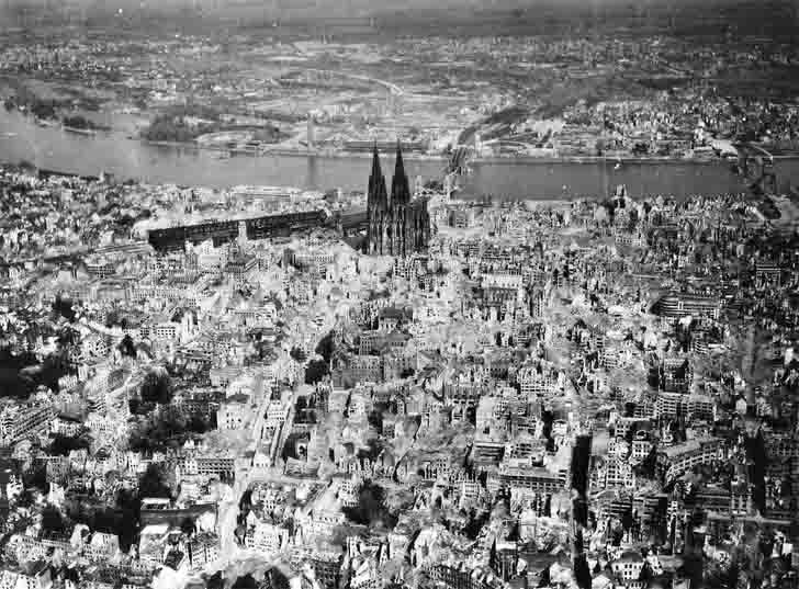 Cologne after the US carpet bombing