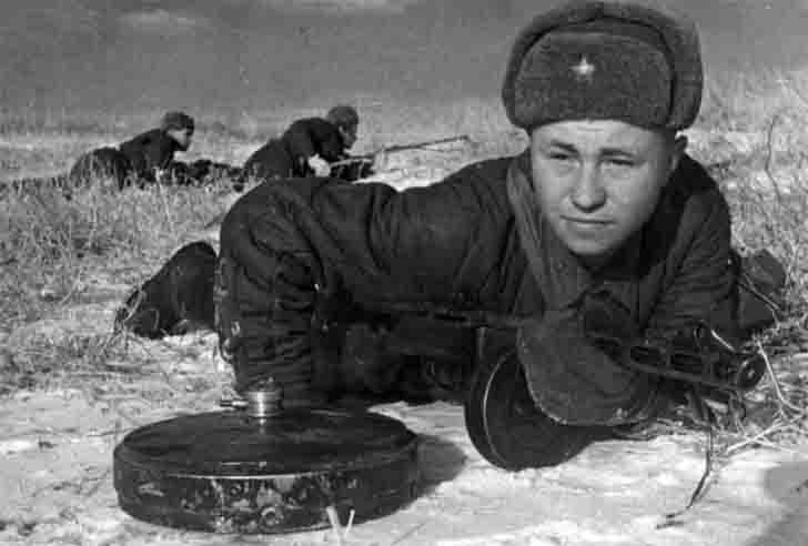 Soviet sappers in the Battle of Stalingrad