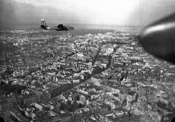 Soviet A-20G «Boston» torpedo bombers over Berlin