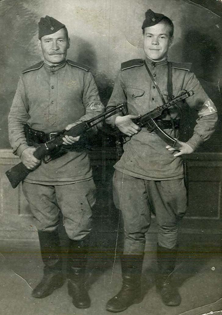 Soviet infantrymen on duty