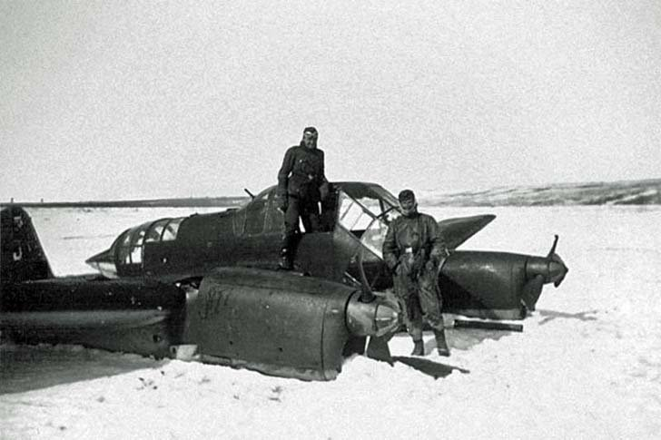 Fw-189 «Uhu» after a forced landing on the snow