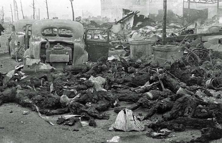 The bodies of civilians in Tokyo after a raid of US B-29 bombers
