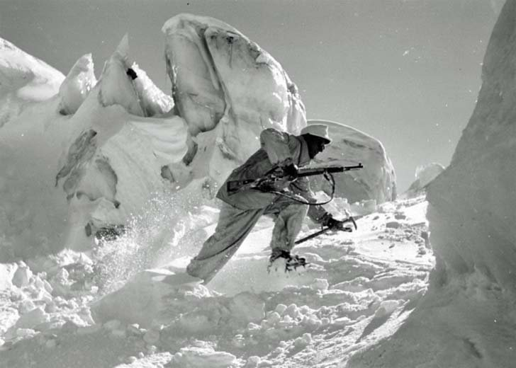 Gebirgsjäger on a mountain glacier