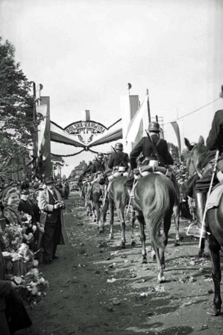 Polish cavalry occupied Czech town of Karviná