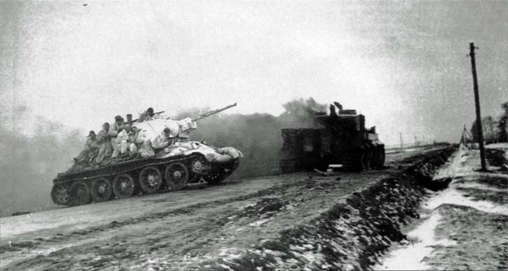 T-34 with troops intersects highway Zhitomir-Berdichev