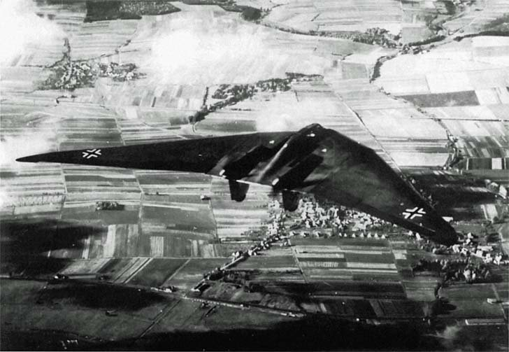 Horten Ho-Vc in flight over Gottingen