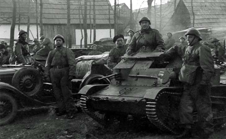 Polish armored forces occupy Czechoslovak village Jörgov