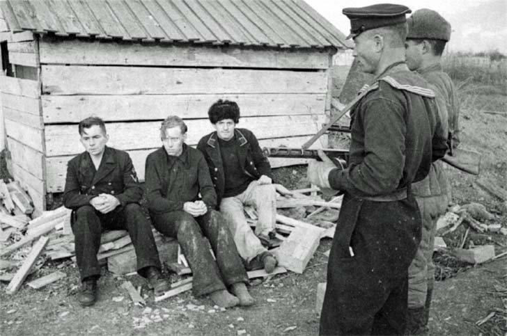 Captured sailors Kriegsmarine in Kerch, Crimea