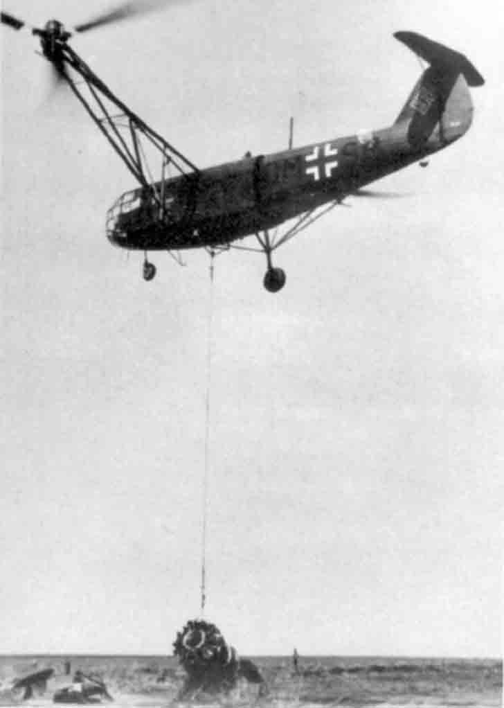 Nazi Fa 223 helicopter in the air