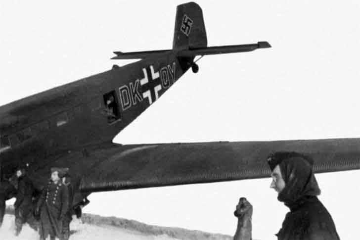 Junkers Ju-52 after a hard landing