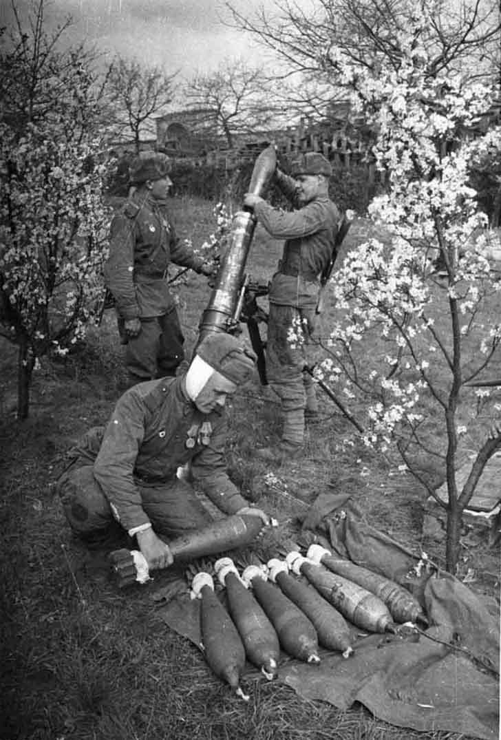 Soviet 120-mm mortar in Austria