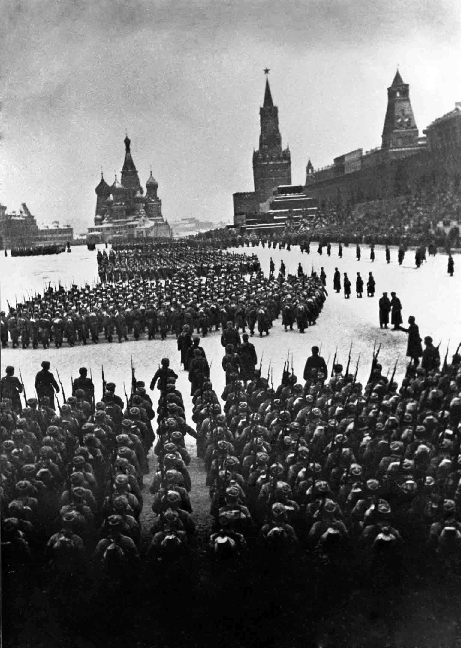 World War 2 - red square parade
