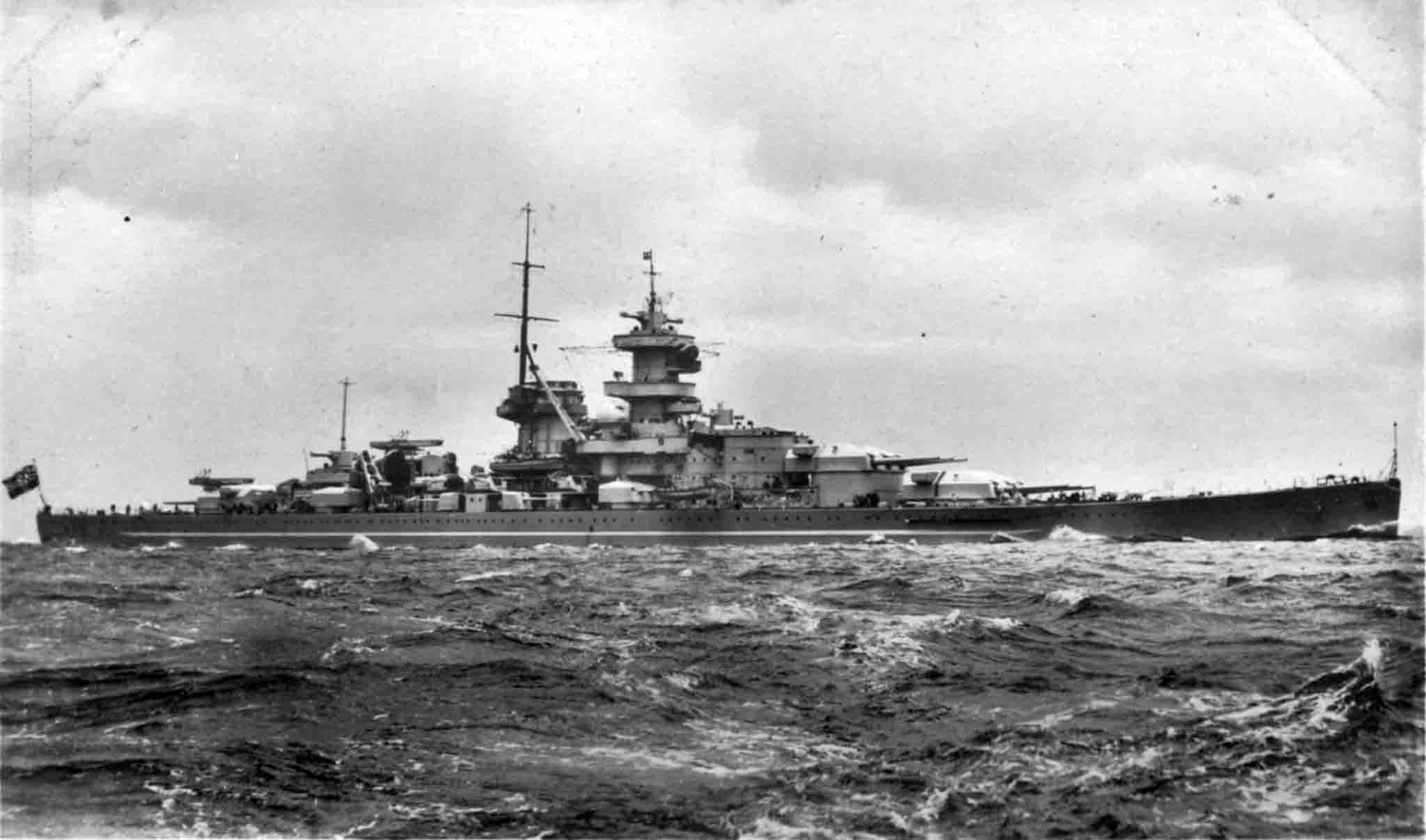 World War 2 - schlachtschiff gneisenau
