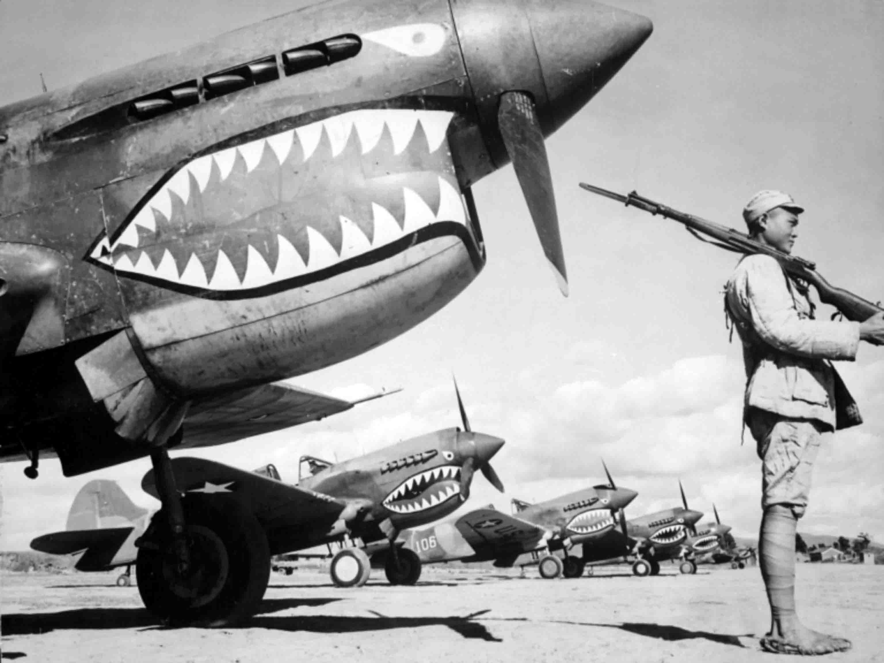 Curtiss P-40, Flying Tigers