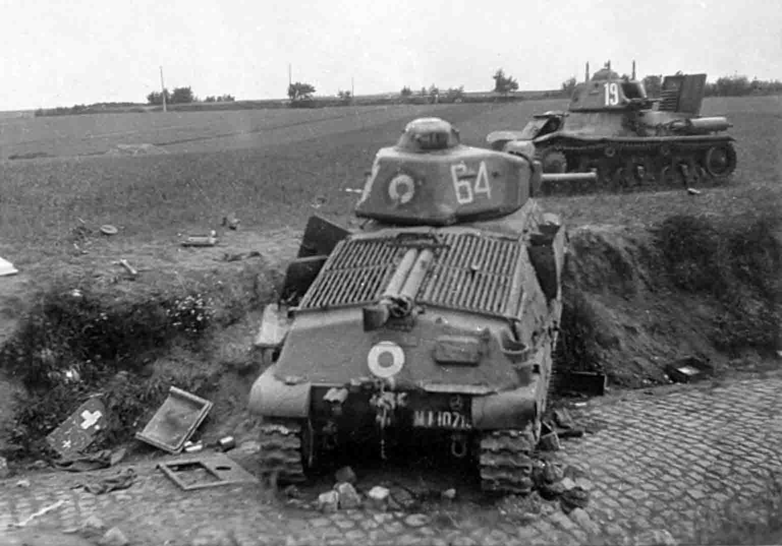 World War 2 - Hotchkiss H35, Somua S35