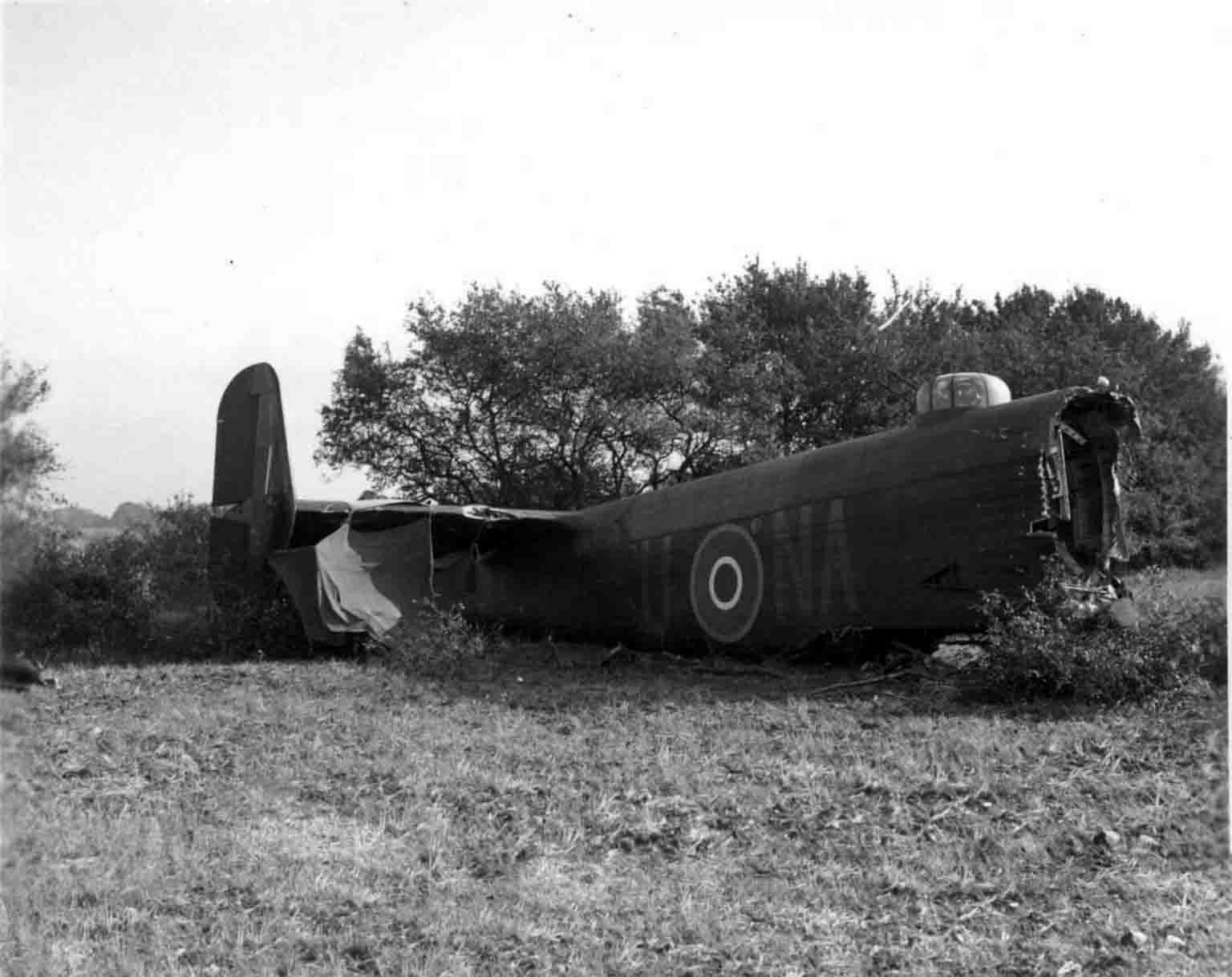 bomber Halifax