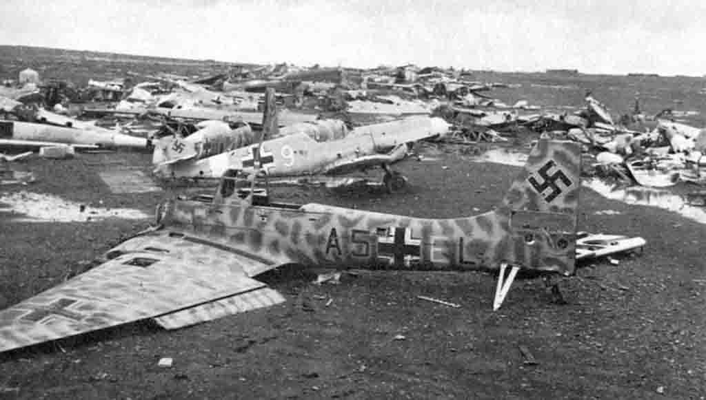 Ju-87, Me-109
