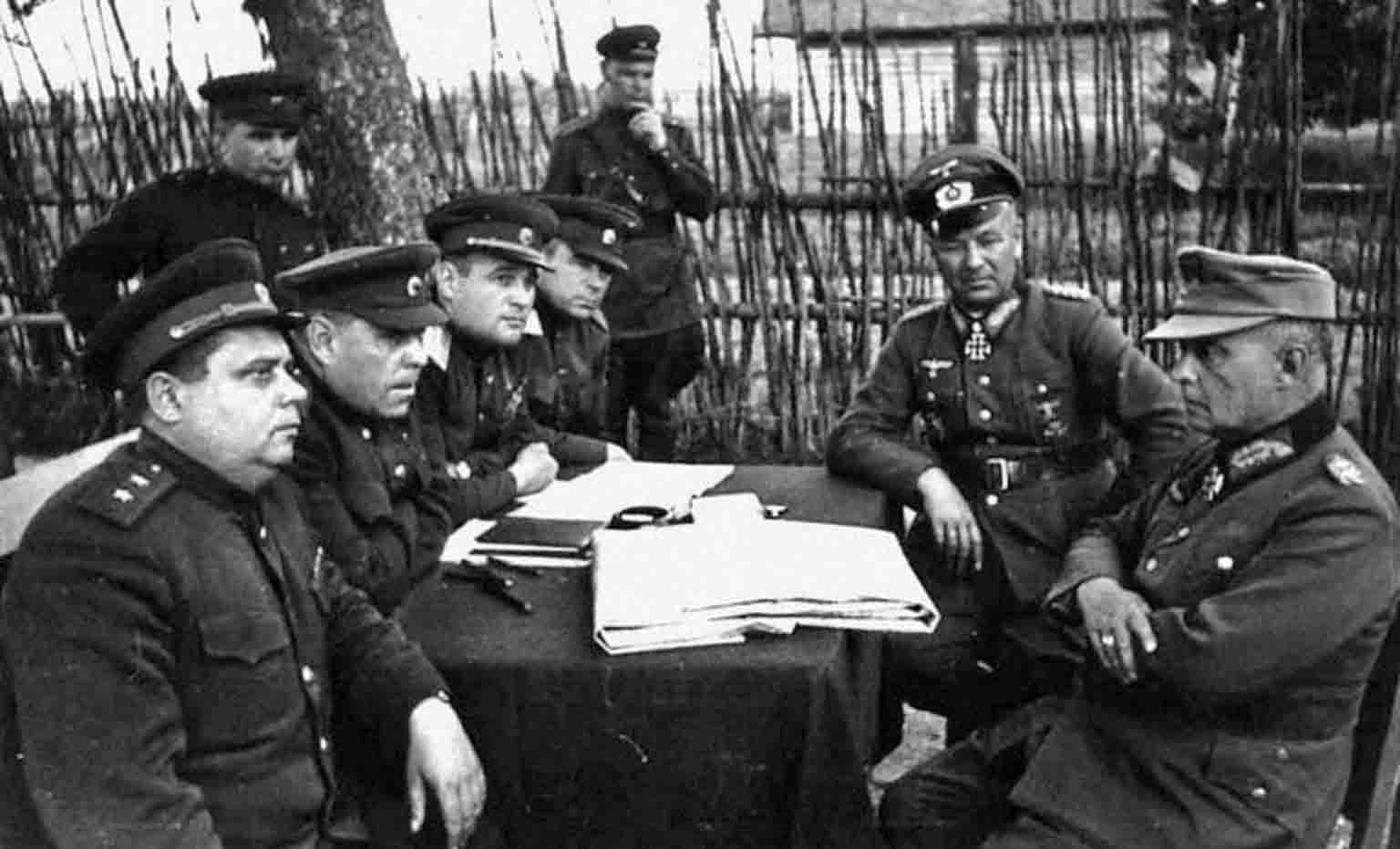 Interrogation of prisoners of German generals