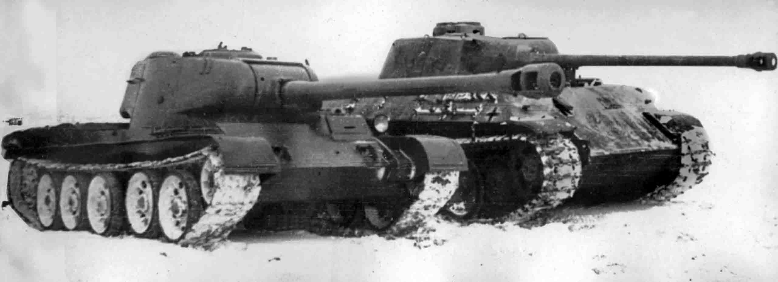 T-44-122, PzKpfw V Panther