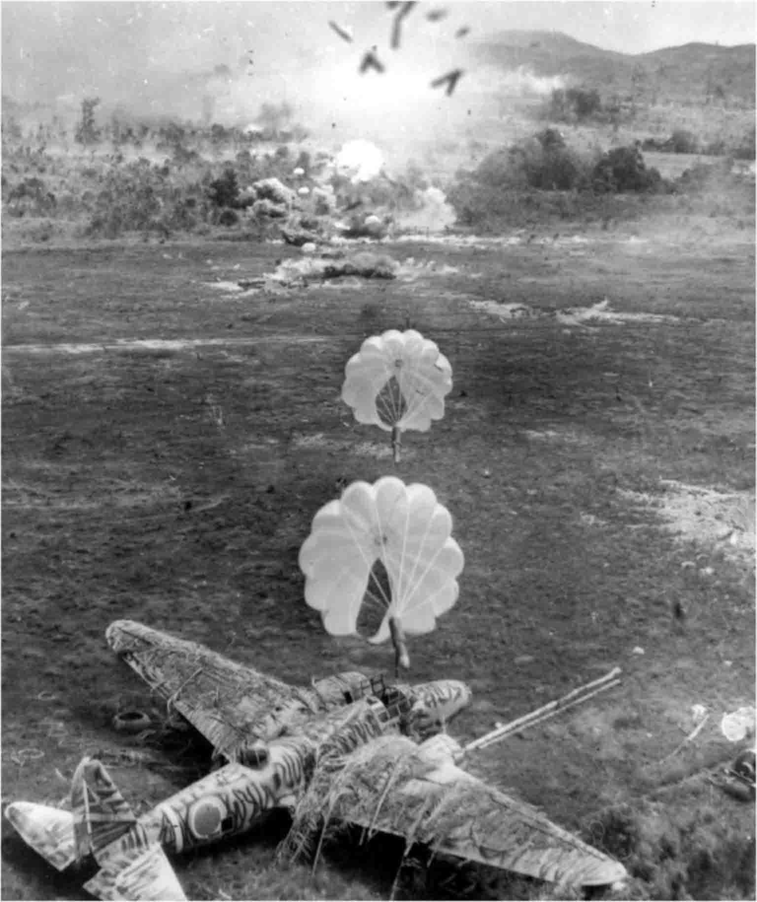 Parachute bombing